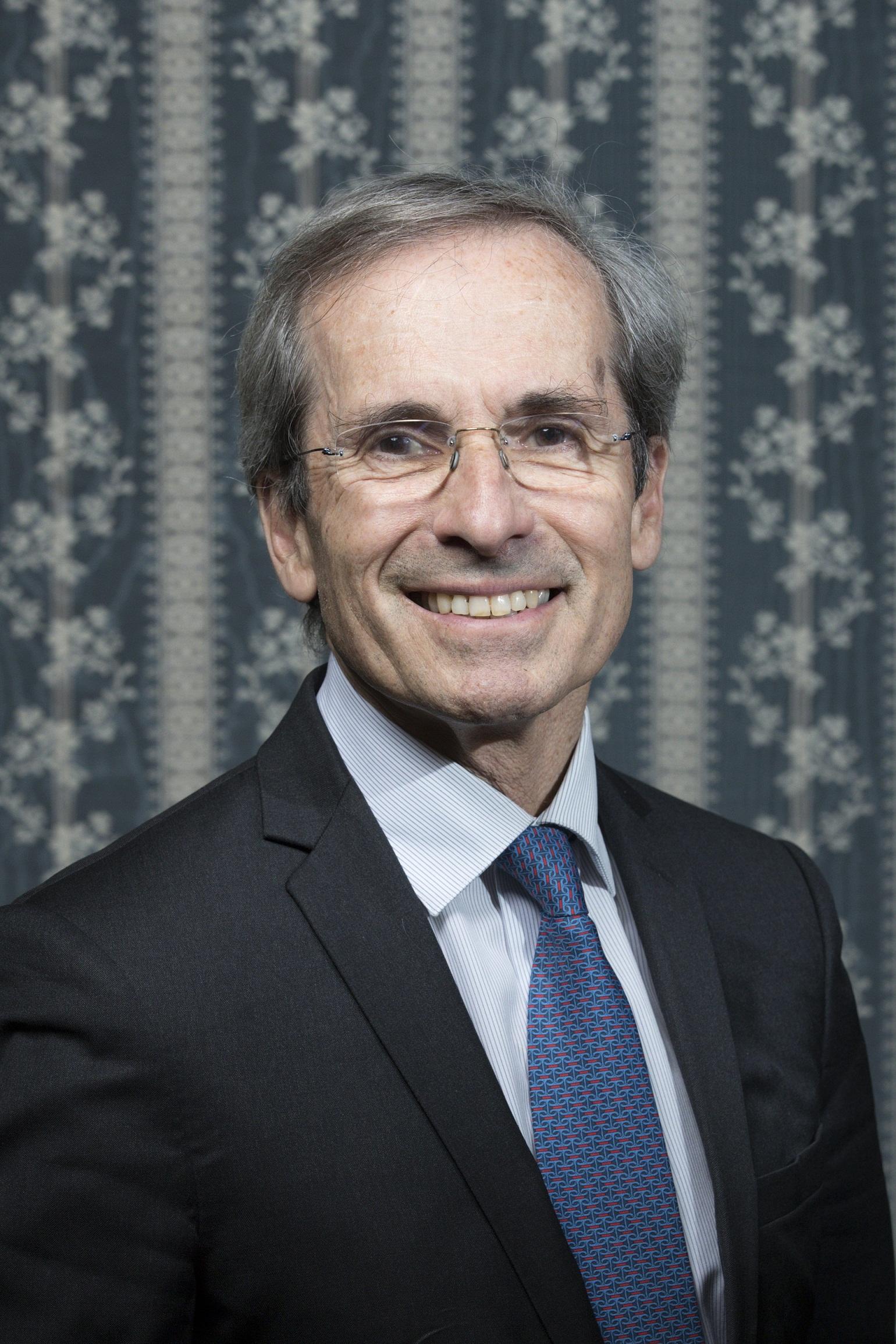 Yves Saint Geours